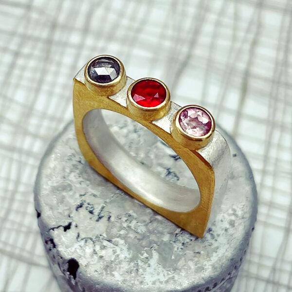 Line up ring Fire Opal Diamond Sapphire